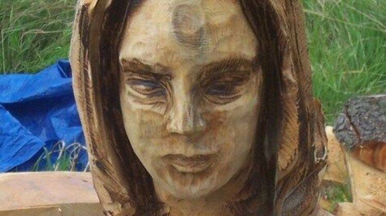 How To Carve A Woman Face By Chainsaw